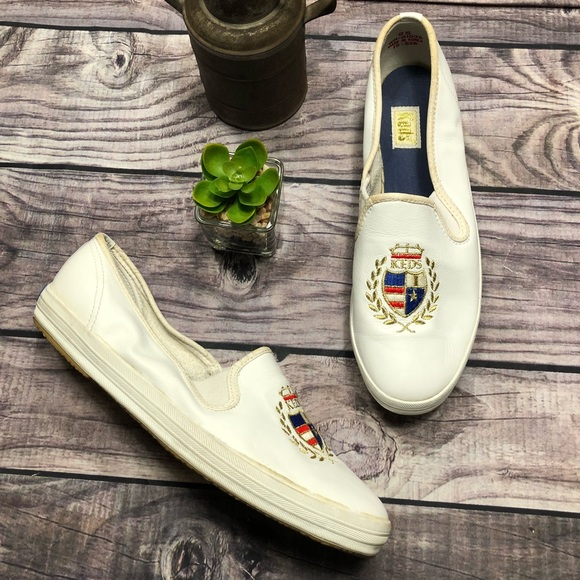 9558b289 Keds Shoes | Vintage Embroidered Crest | Poshmark
